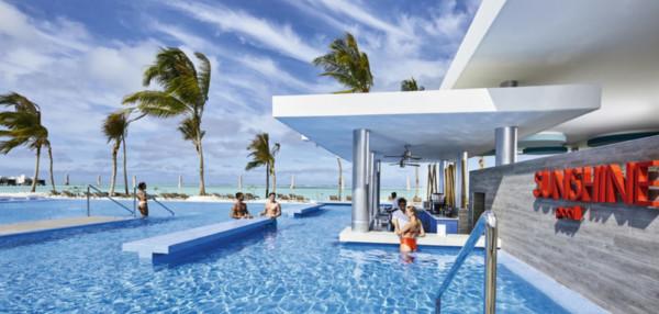 Hotel RIU Atoll Pool
