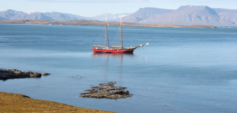 16 Tage Expeditions-Segelkreuzfahrt
