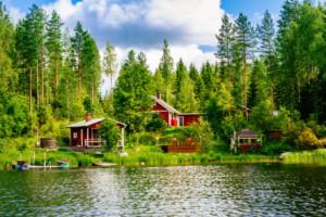 Ferienhaus am See in Finnland